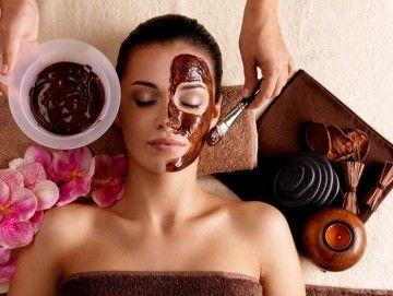 Як готується шоколадна маска для шкіри обличчя: рецепти, поради, в чому користь?
