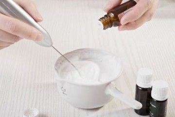 Як приготувати зволожуючий крем для обличчя в домашніх умовах?