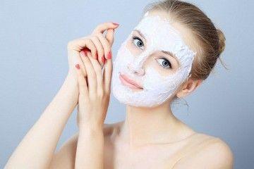 Які маски для обличчя допомагають від прищів?