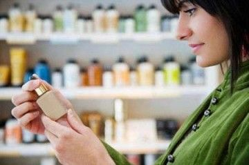 Лікувальна косметика для обличчя в аптеках: застосування та види засобів