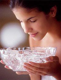 Чи корисний лід для шкіри обличчя