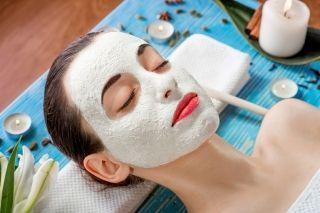 Застосування білої глини для обличчя. Чудові рецепти