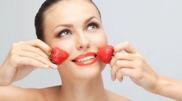 Смачні рецепти полуничних масок проти зморшок і для відбілювання шкіри